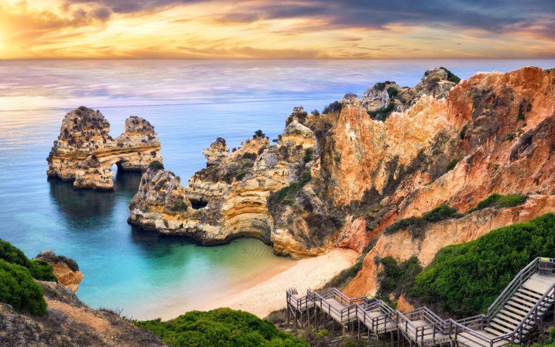 Las 5 playas m s rom nticas de portugal muestras a casa - Apartamentos en el algarve ...